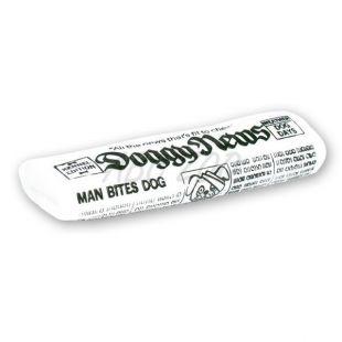 Gumená hračka pre psíka v tvare novín